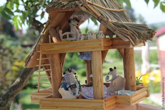 Уютный домик с мышками. Ночник. Вышлю фото по запросу.
