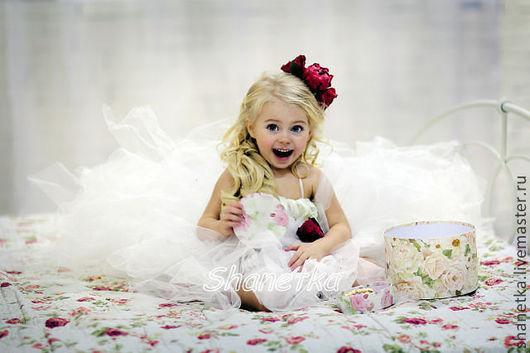 Одежда для девочек, ручной работы. Ярмарка Мастеров - ручная работа. Купить Пышное платье со шлейфом для девочки Принцесска. Handmade.