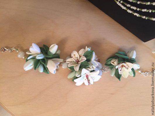 Браслеты ручной работы. Ярмарка Мастеров - ручная работа. Купить Браслет с лилиями из полимерной глины. Handmade. Браслет ручной работы