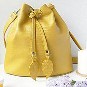 Сумки и аксессуары ручной работы. Ярмарка Мастеров - ручная работа Желтая сумка-мешок из кожи. Handmade.