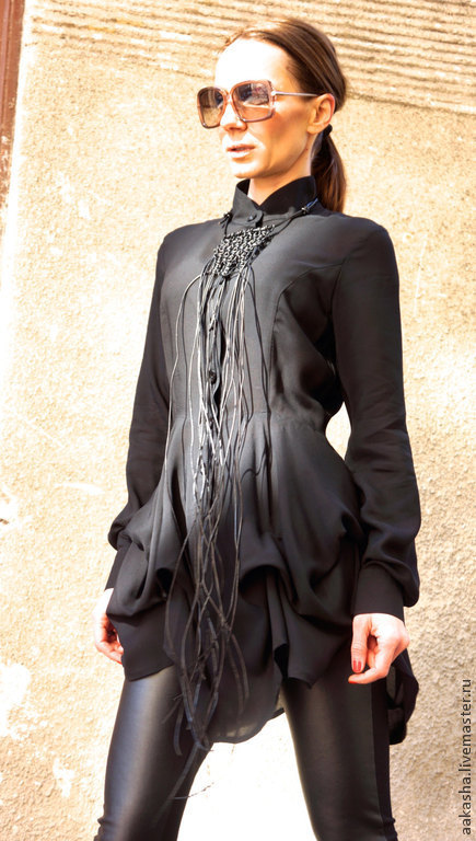 Купить модную блузку черного цвета