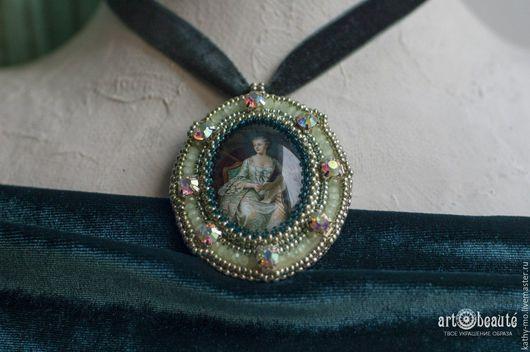 Кулоны, подвески ручной работы. Ярмарка Мастеров - ручная работа. Купить Кулон бархатка на шею Маркиза де Помпадур. Handmade.