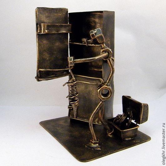 Миниатюрные модели ручной работы. Ярмарка Мастеров - ручная работа. Купить Повелитель холода. Handmade. Скульптурная миниатюра, сувенир для ремонтника