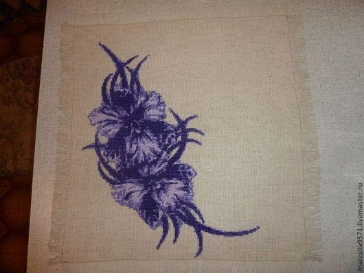 Текстиль, ковры ручной работы. Ярмарка Мастеров - ручная работа. Купить Салфетка Ирисы. Handmade. Салфетка вышитая, вышитые цветы