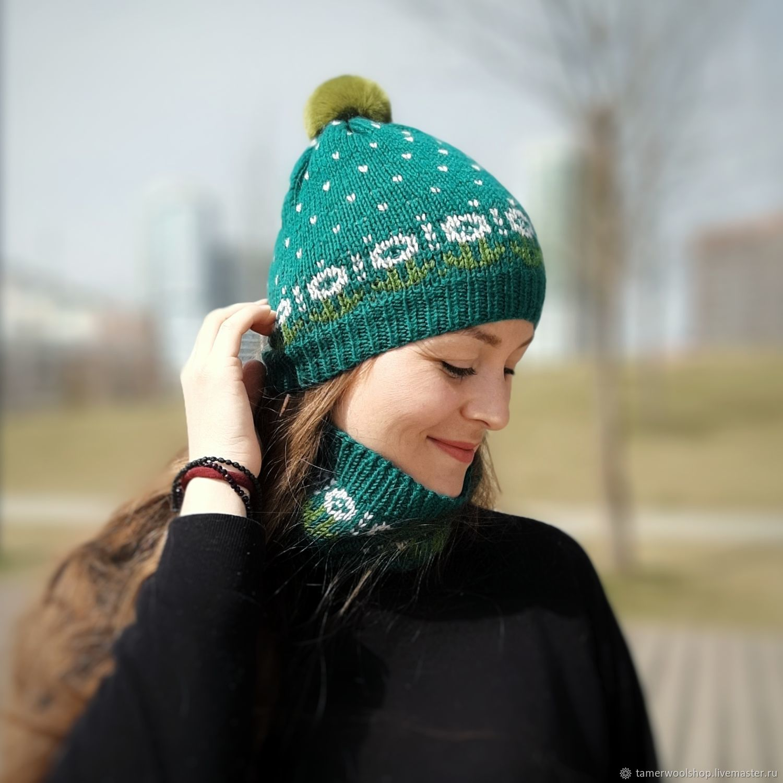 Вязаная шапка с одуванчиками. Шапка с помпоном, Шапки, Москва,  Фото №1