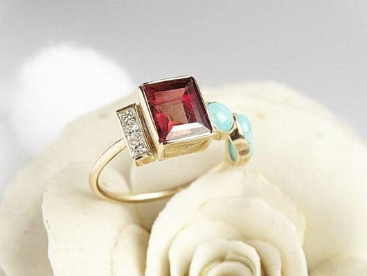 Кольца ручной работы. Ярмарка Мастеров - ручная работа. Купить Золотое кольцо с турмалином, бриллиантами и бирюзой. Handmade. Оригинальное кольцо