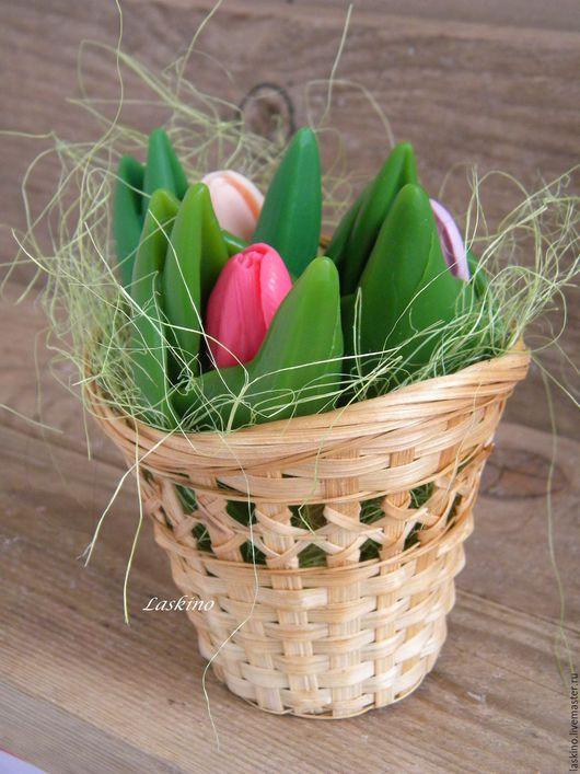 Мыло ручной работы. Ярмарка Мастеров - ручная работа. Купить Мыло БУТОН  ТЮЛЬПАНА ( букет бутонов тюльпана) , сувенирное. Handmade.