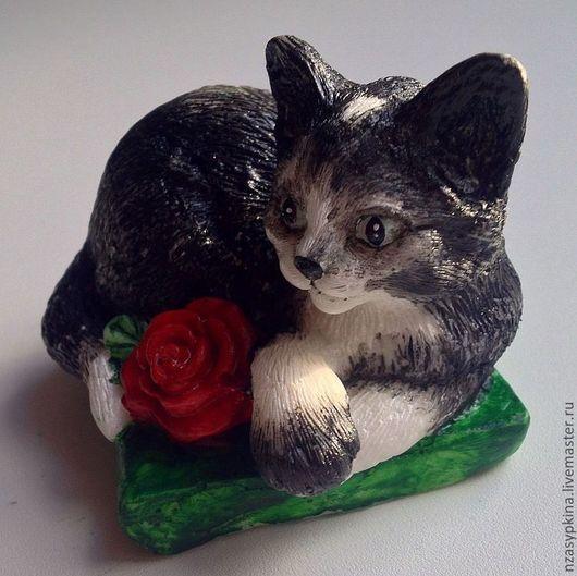 """Мыло ручной работы. Ярмарка Мастеров - ручная работа. Купить Мыло """"Черный кот, белый хвост"""". Handmade. Чёрно-белый"""