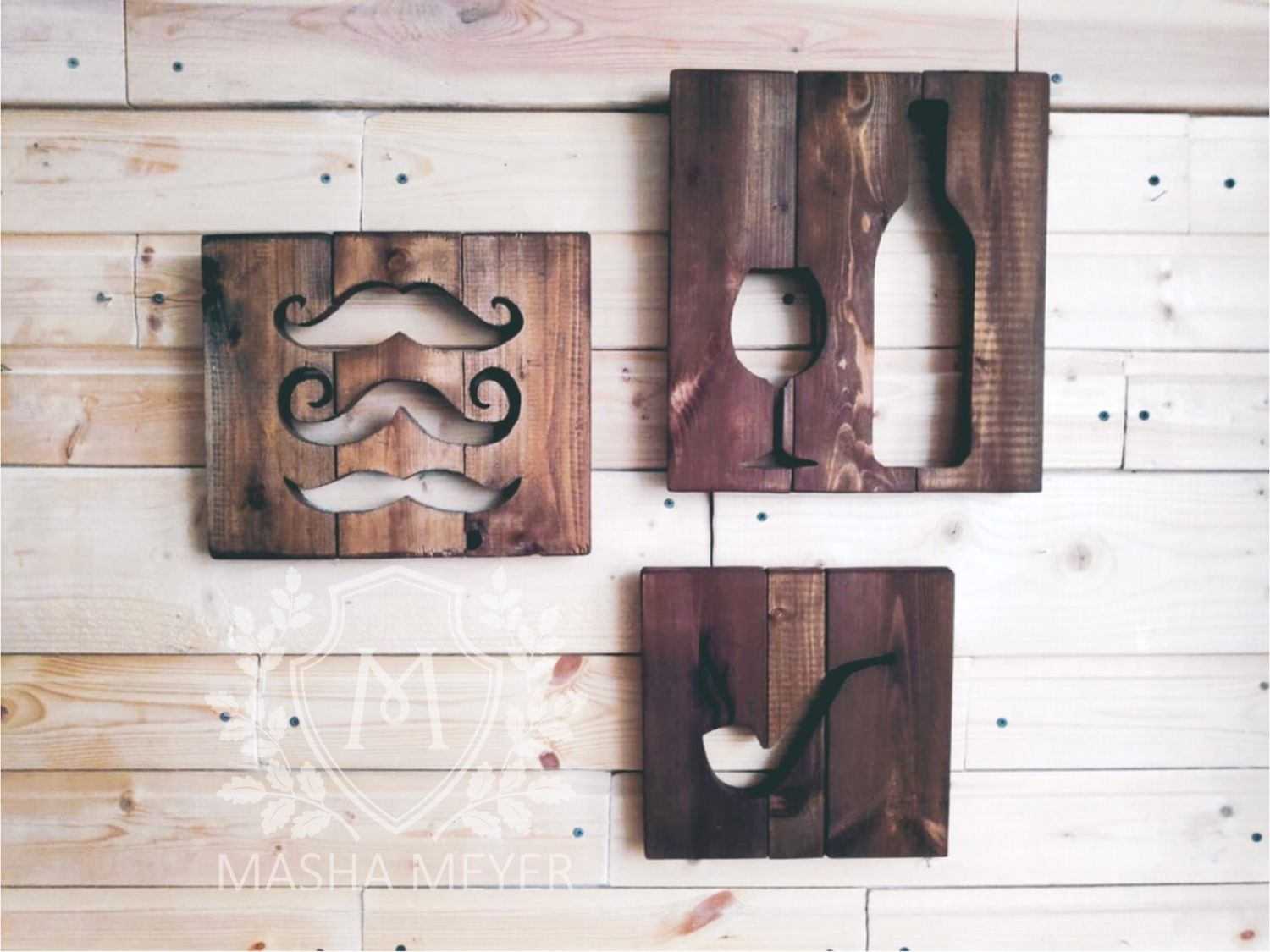 Moustache pipe and wine wooden panel, Pictures, Moscow,  Фото №1