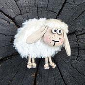 """Украшения ручной работы. Ярмарка Мастеров - ручная работа Брошь """"Ах, ты, милая овечка..."""". Handmade."""