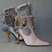 """Обувь ручной работы. Ярмарка Мастеров - ручная работа Ботинки """"Поцелуй"""" джинс+кожа, белые. Handmade."""