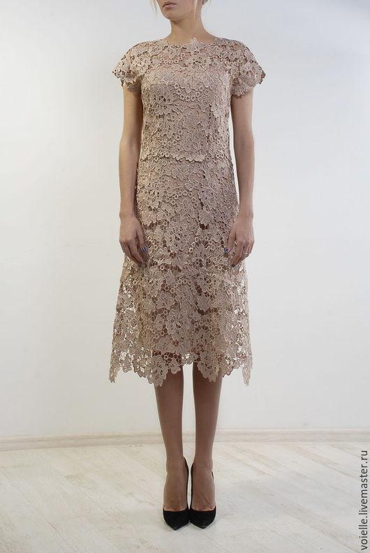 Платье кружевное вечернее золотое нарядное, на выпускной, на свадьбу, день рождения, платье из кружева коктейльное с коротким рукавом, на выход, на вечер, изысканное и благородное