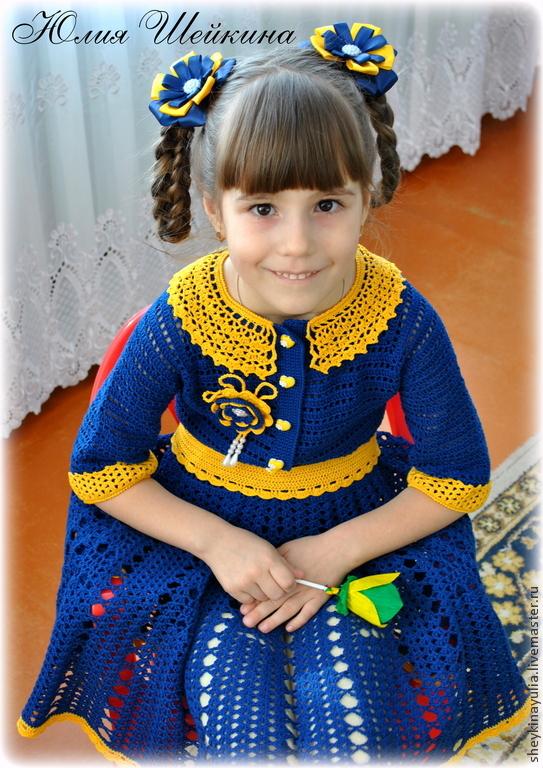 Платье крючком для девочки зеленое