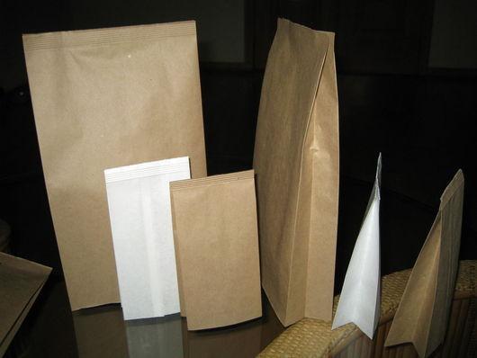 Крафт-пакеты   V-образной формы: 17см х 8,5 см х 6см (коричневые) - 3,8 руб. за штуку; 17см х 8,5 см х 6см (беленые) - 3,8 руб. за штуку; 30 см х 19 см х 6см (коричневые) - 5,7 руб.  за штуку