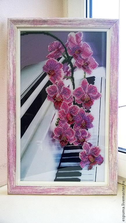 """Картины цветов ручной работы. Ярмарка Мастеров - ручная работа. Купить """"Орхидеи"""" - картина, вышитая бисером. Handmade. Фуксия"""