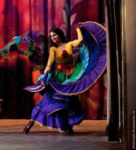 Танцевальные костюмы ручной работы. Ярмарка Мастеров - ручная работа. Купить Цыганская юбка, 2 солнца. ярусная. Handmade. Цыганка