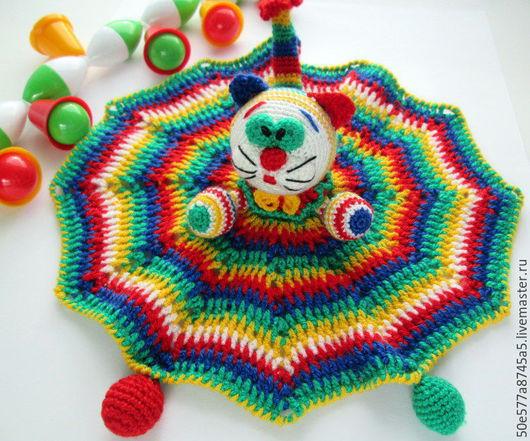 """Развивающие игрушки ручной работы. Ярмарка Мастеров - ручная работа. Купить Комфортер - погремушка """" Полосатая Кошечка"""" игрушка,вязаная. Handmade."""