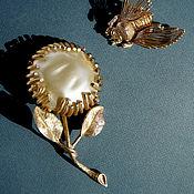 Винтаж handmade. Livemaster - original item Pearl Sunflower Brooch Sarah Coventry. Handmade.