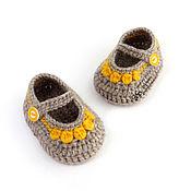 Работы для детей, handmade. Livemaster - original item Knitted booties sandals for girl warm, beige, yellow. Handmade.