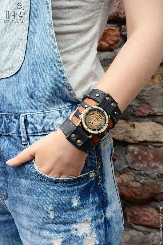 Часы наручные стимпанк на чёрно-коричневом браслете из натуральной кожи