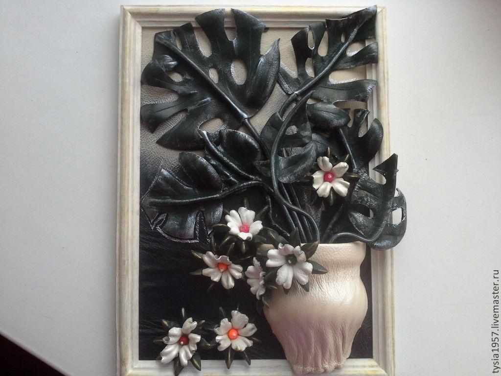 Панно из кожи цветов