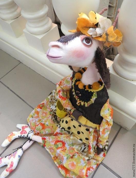 Коллекционные куклы ручной работы. Ярмарка Мастеров - ручная работа. Купить интерьерная игрушка - КОЗА МАРГО в жёлтом. Handmade. Желтый