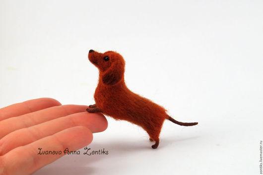 Игрушки животные, ручной работы. Ярмарка Мастеров - ручная работа. Купить Такса  миниатюра из шерсти. Handmade. Собака, игрушка такса