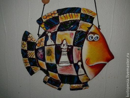 Подвески ручной работы. Ярмарка Мастеров - ручная работа. Купить Рыба в шахматах.. Handmade. Рыба, панно в подарок, керамика