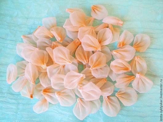 Свадебные цветы ручной работы. Ярмарка Мастеров - ручная работа. Купить Капроновые двухслойные лепестки ручной работы. Handmade. Разноцветный