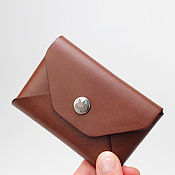 Сумки и аксессуары ручной работы. Ярмарка Мастеров - ручная работа Кожаный кошелек для карточек Plick - коричневый. Handmade.