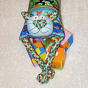 """Для дома и интерьера ручной работы. Ярмарка Мастеров - ручная работа Игрушка-подушка """"Радужный кот"""" веселые хамелеоны. Handmade."""