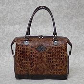 Женская кожаная сумка-саквояж 176
