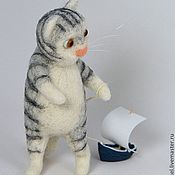 Куклы и игрушки handmade. Livemaster - original item Felt toy Kitten with a boat. Handmade.
