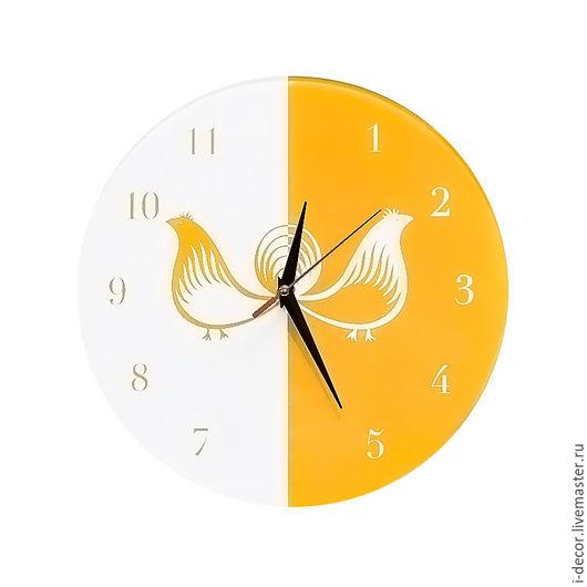 Настенные часы из Ракульской коллекции - подарок для дома.