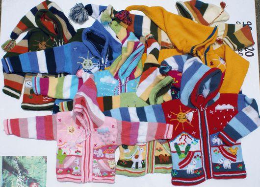 Одежда унисекс ручной работы. Ярмарка Мастеров - ручная работа. Купить Детские свитера, связанные вручную, большой выбор цветов и размеров. Handmade.