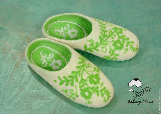 Обувь ручной работы. Ярмарка Мастеров - ручная работа. Купить тапочки валяные женские Весенние. Handmade. Комбинированный