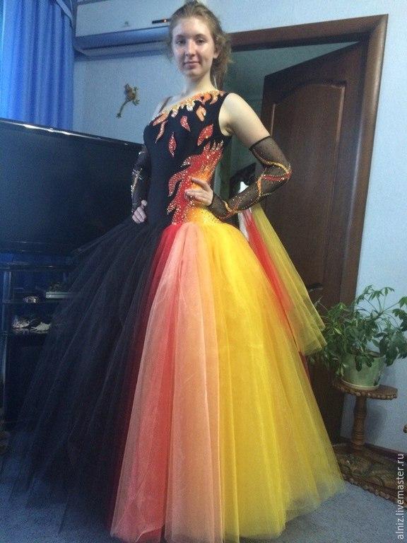 Бальные платья из фатина