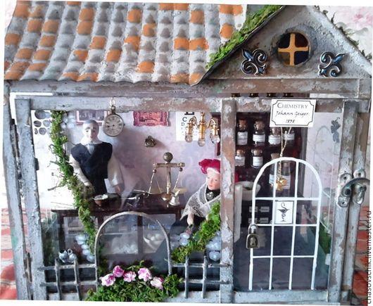"""Кукольный дом ручной работы. Ярмарка Мастеров - ручная работа. Купить Румбокс """"Старинная английская аптека"""". Handmade. Серый"""