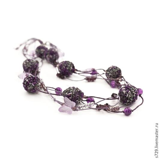 фиолетовый, сиреневый, фиолетовый цвет, сиреневый цвет, лиловый, бусы, украшение, колье, украшение на шею, необычное украшение, многорядное колье, многорядные бусы, объемное колье, объемные бусы, вече