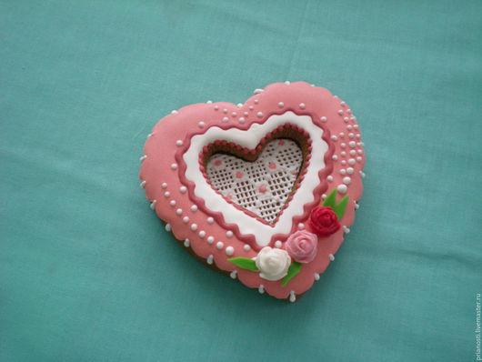 Персональные подарки ручной работы. Ярмарка Мастеров - ручная работа. Купить Пряники объёмное сердце. Handmade. Комбинированный, пряничный сувенир