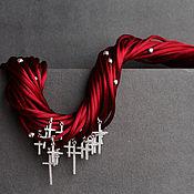 Украшения ручной работы. Ярмарка Мастеров - ручная работа шелковое колье с серебряными крестами. Handmade.