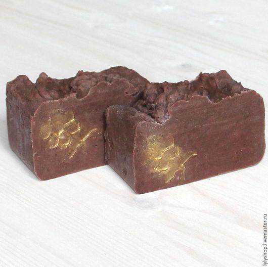 """Мыло ручной работы. Ярмарка Мастеров - ручная работа. Купить """"Шоколад и клубника"""" натуральное мыло. Handmade. Комбинированный, коричневый, и, мыло"""
