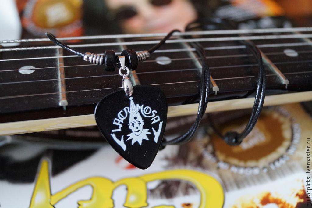 """Кулоны, подвески ручной работы. Ярмарка Мастеров - ручная работа. Купить Черный кулон-медиатор на шнурке с логотипом группы """"Lacrimosa"""". Handmade."""