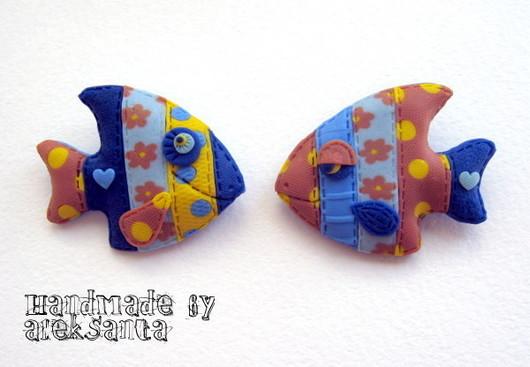 """Броши ручной работы. Ярмарка Мастеров - ручная работа. Купить Броши """"Рыбки Холерик и Флегматик"""" (синий, яркий, веселый). Handmade."""