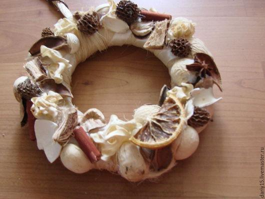 Подвески ручной работы. Ярмарка Мастеров - ручная работа. Купить Осенний венок. Handmade. Бежевый, осенняя поделка, подарок учителю