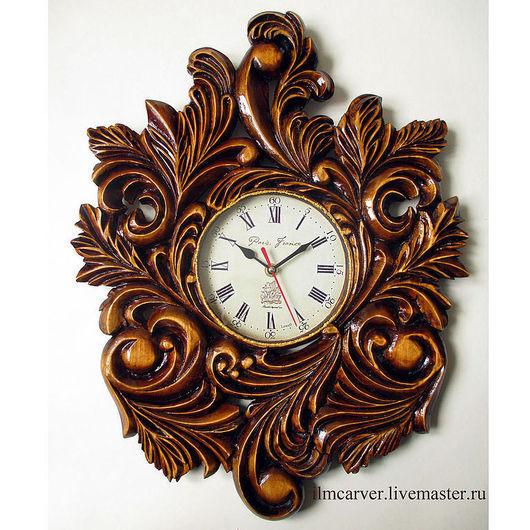 Часы для дома ручной работы. Ярмарка Мастеров - ручная работа. Купить Резные настенные часы (липа, циферблат со стеклом).. Handmade.