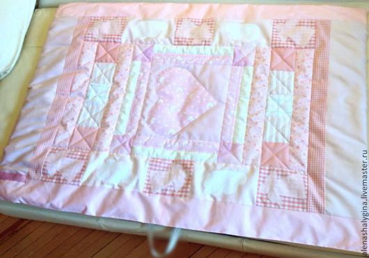 """Пледы и одеяла ручной работы. Ярмарка Мастеров - ручная работа. Купить Одеяло-плед  для девочки из хлопка """"Ангелочек"""" ручной работы.. Handmade."""