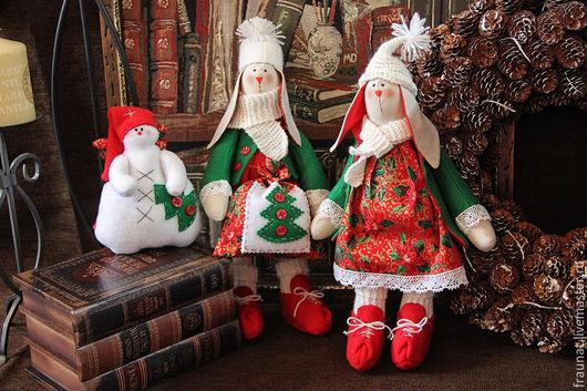 Куклы Тильды ручной работы. Ярмарка Мастеров - ручная работа. Купить Новогодние зайки Тильда. Handmade. Ярко-красный