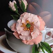 """Брошь-булавка ручной работы. Ярмарка Мастеров - ручная работа Брошь """"Кофейная ирландская роза"""" из полимерной глины. Handmade."""