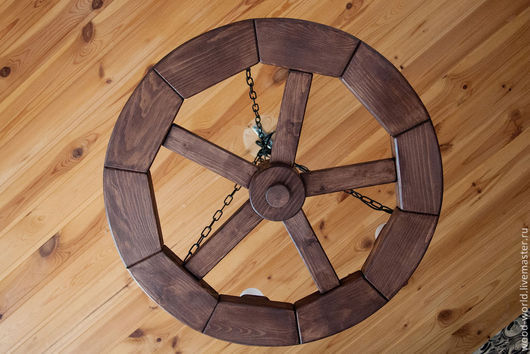 Освещение ручной работы. Ярмарка Мастеров - ручная работа. Купить Люстра колесо из массива сосны. Handmade. Коричневый, люстра-колесо
